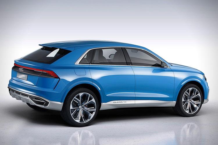 2018 Audi Q8 side view