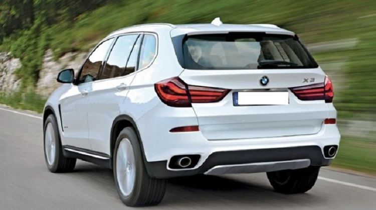 2018 BMW X3 rear view