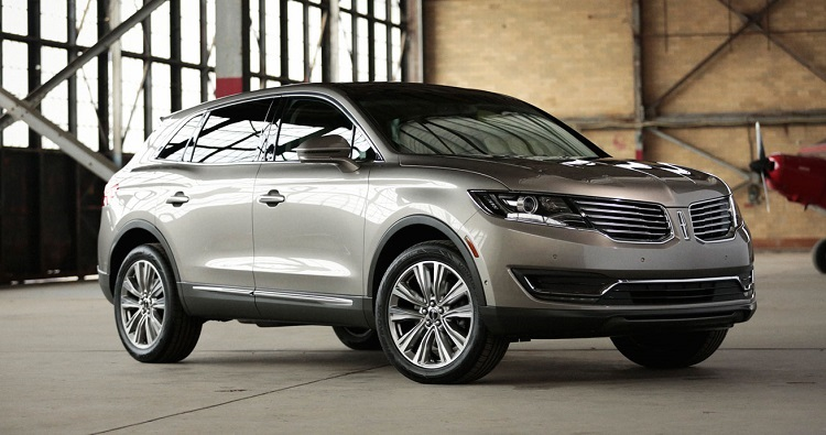 2018 Lincoln MKX front view