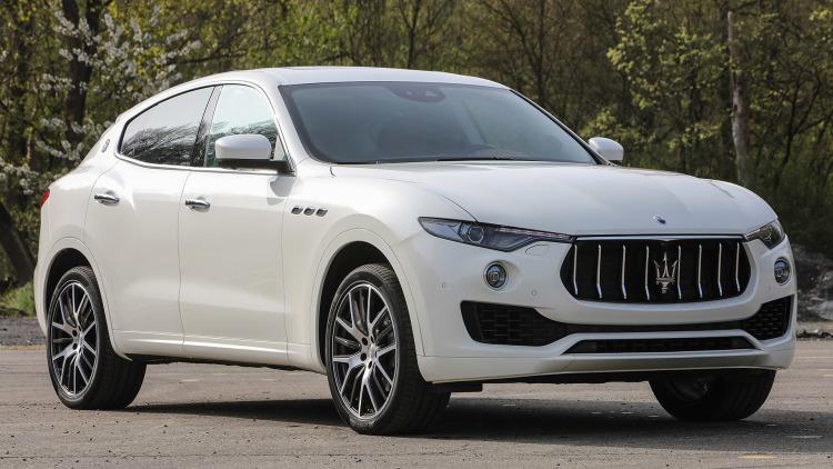 2018 Maserati Levante front viwe