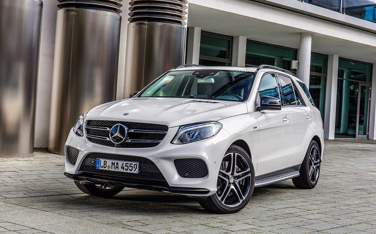 2018 Mercedes GLE front view