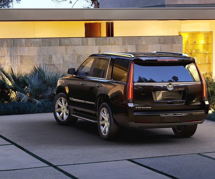 2018 Cadillac Escalade rear end