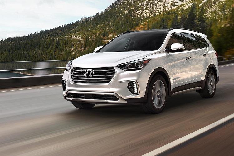 2018 Hyundai Santa Fe front view