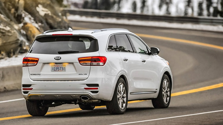 2018 Kia Sorento rear view