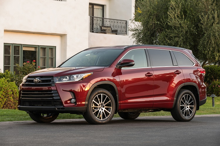 2018 toyota highlander review interior release date hybrid colors. Black Bedroom Furniture Sets. Home Design Ideas