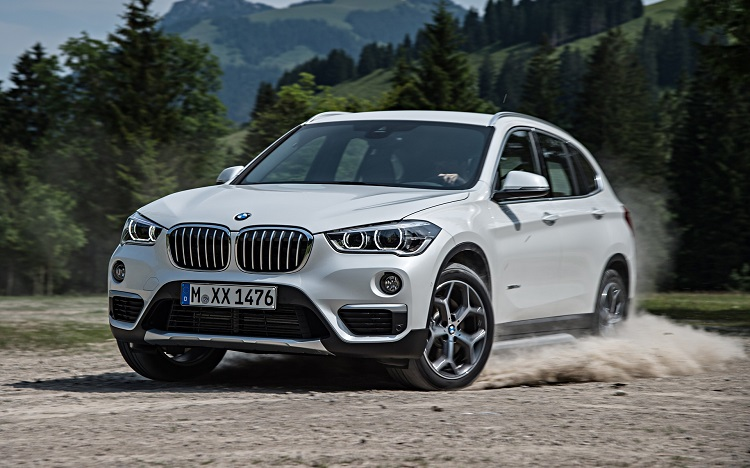 2018 BMW X1 front view