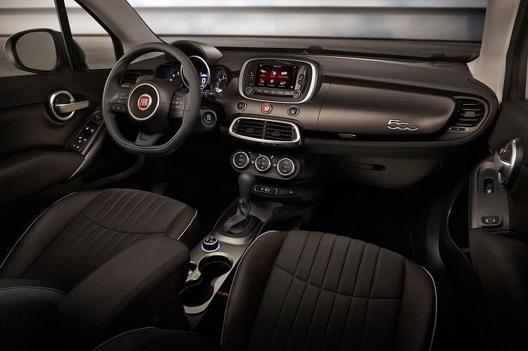 2018 Fiat 500X interior