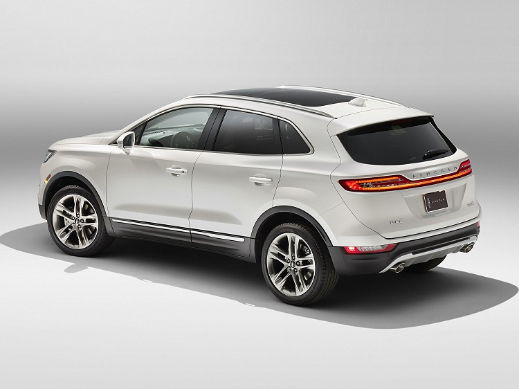 2018 Lincoln MKC rear end