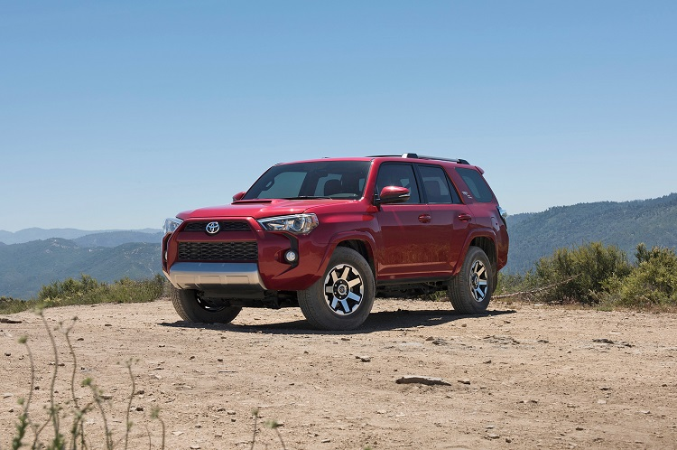 2018 Toyota 4Runner front view