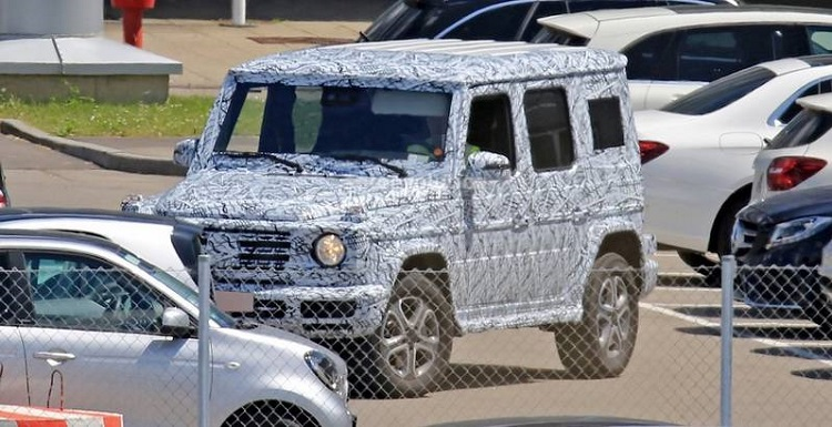 2019 Mercedes G-Class spy photo1