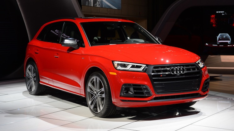 2018 Audi SQ5 front view