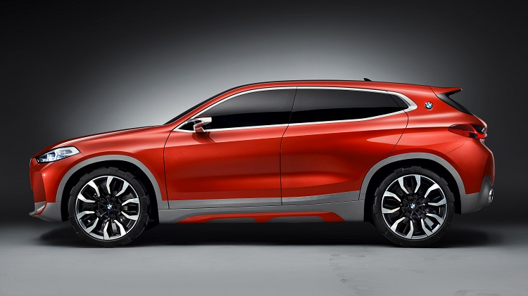 2018 BMW X2 side view