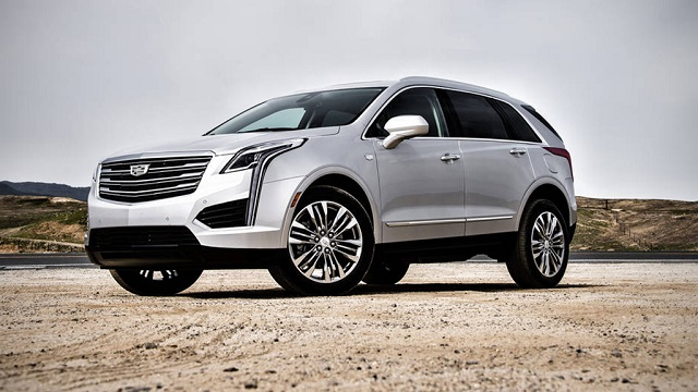 2018 Cadillac XT7 front view