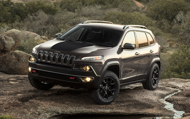 2018 Jeep Cherokee side view