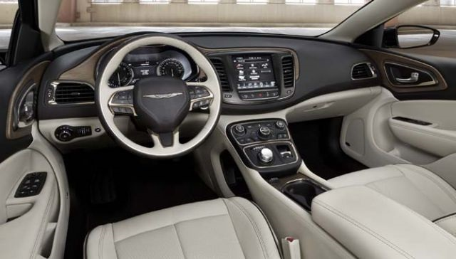 2018 Chrysler Aspen interior
