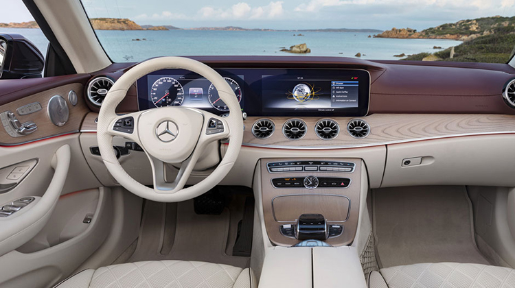 2018 Mercedes GLK dashboard