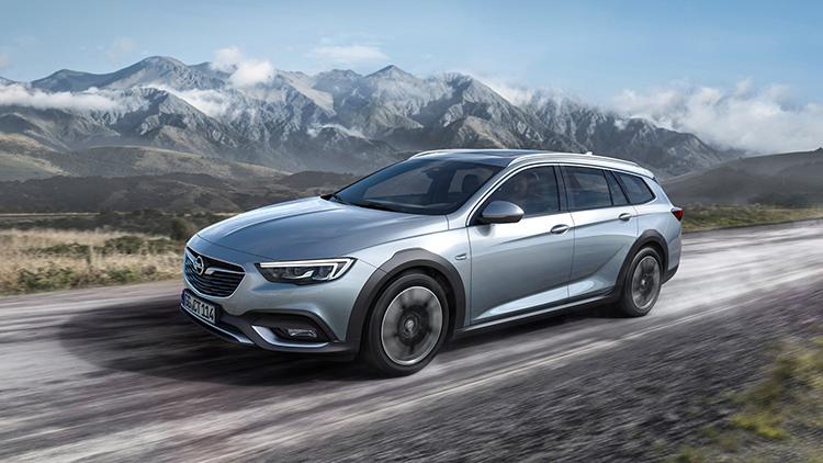 2018 Opel Insignia SUV front