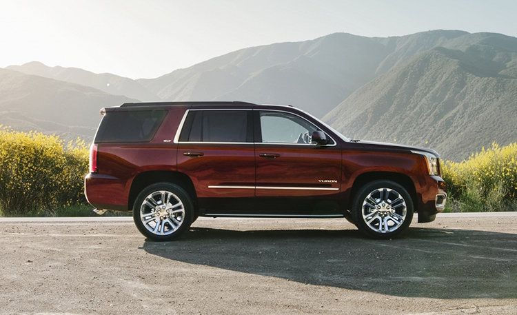 2018 GMC Yukon XL side