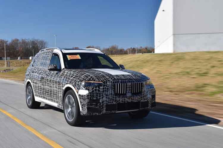 2019 BMW X7 spied