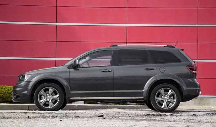 2019 Dodge Journey side