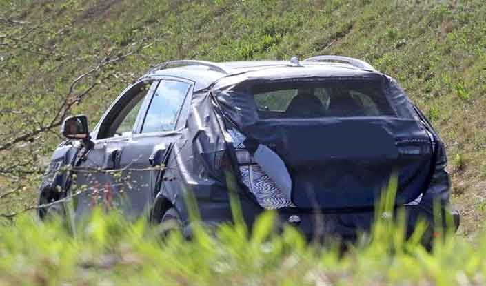 2019 Fiat C-SUV spy shot