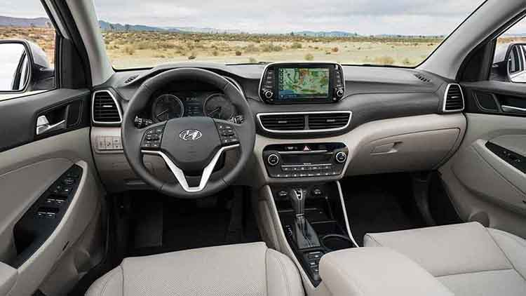 2019 Hyundai Tucson interior