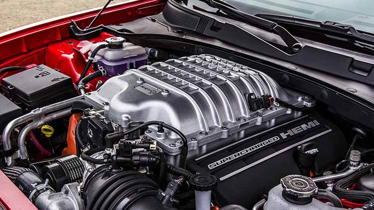 2019 Jeep Grand Cherokee SRT engine