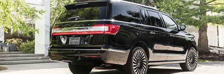 2019 Lincoln Navigator rear