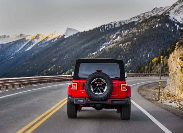 2020 Jeep Wrangler crossover suv