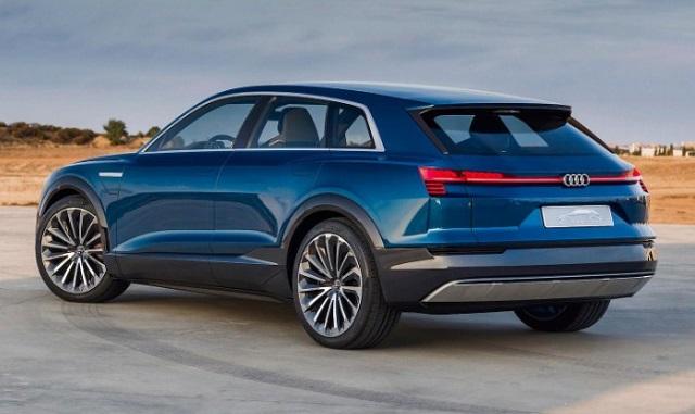 2020 Audi Q5 rear view