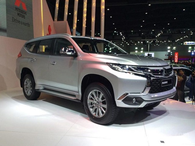 2020 Mitsubishi Pajero side view