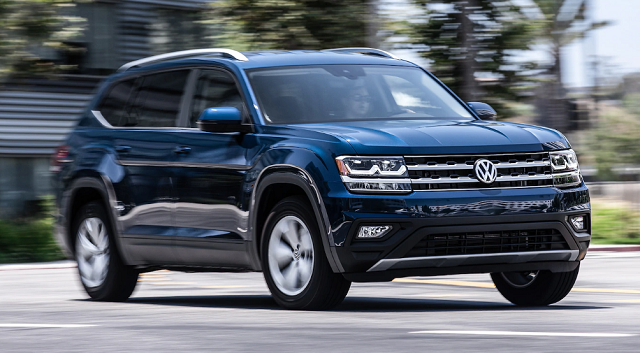 2020 VW Atlas front